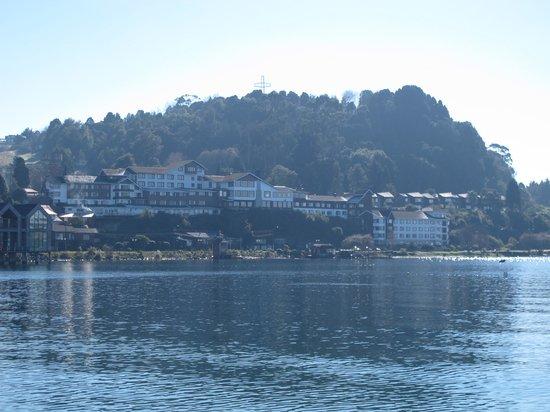 Hotel Cabana del Lago: Hotel visto do centro