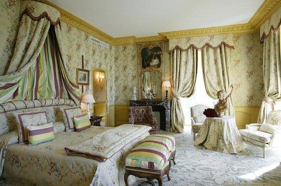Chateau de Mirambeau: Mirambeau Room