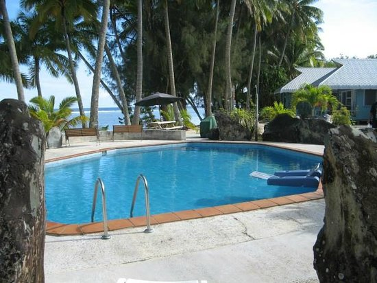 Sunhaven Beach Bungalows: Swimming pool