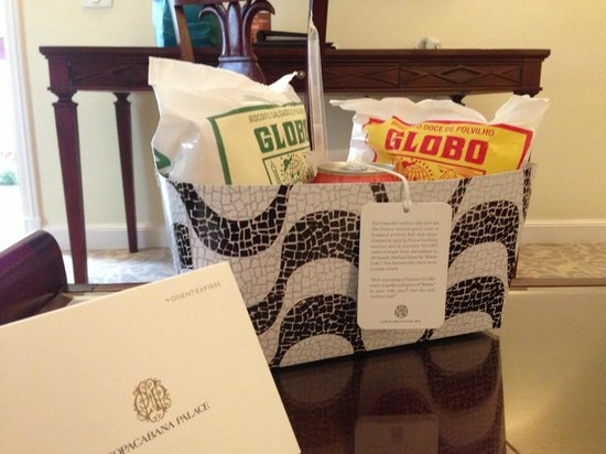 Belmond Copacabana Palace: Treats in room at check in