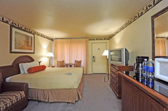 Forest Suites Resort at Heavenly Village : Standard King 2nd photo