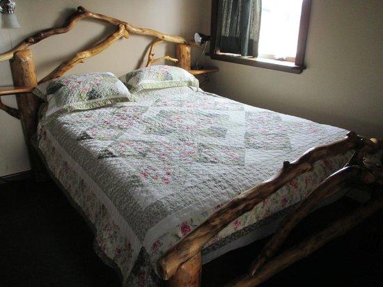 A Swan Nest Inn: Cama que nos toco a mi esposa y a mí.