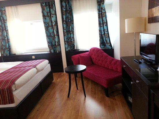 Ibis Styles Stockholm Jarva: Nice room