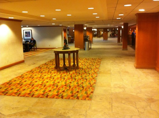 Denver Marriott Tech Center : Conference/lobby area
