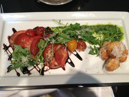 Bambara : Heirloom tomato salad
