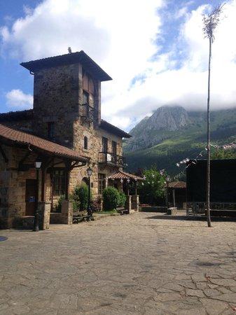 Asador Etxebarri: Town