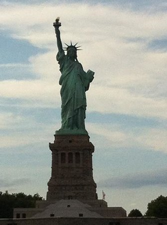 Manhattan By Sail - Clipper City Tall Ship: very beautiful!!!
