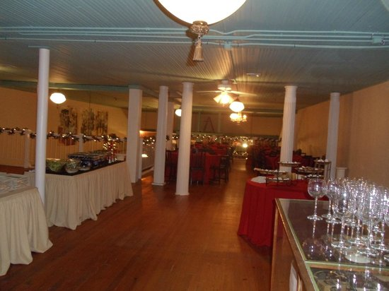 Neri's on the Square: Let Neri Cater your Special Event