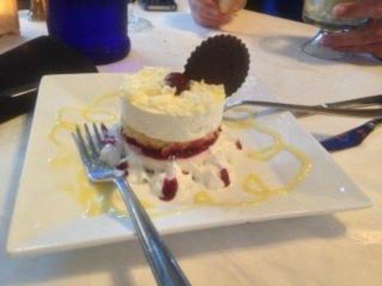 Giovanni's One89: Lemon Rasberry Cake...fabulous