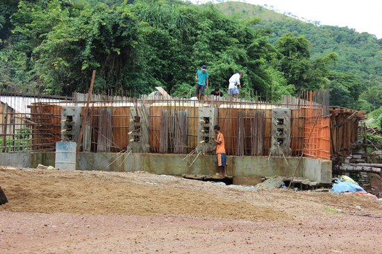 Busuanga Island Paradise : Bridge under construction (2)