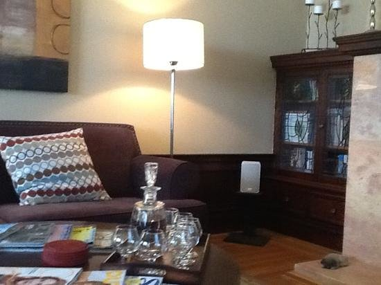 One of the common rooms at Parker Guest House.