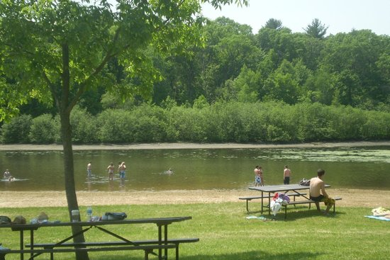 Mirror Lake State Park: Swimming Beach