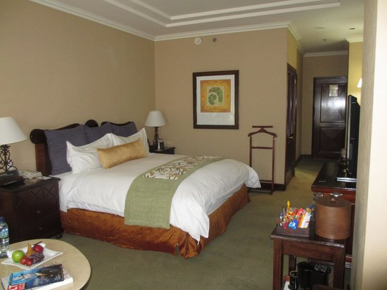 Real InterContinental Guatemala: Decent room and decor