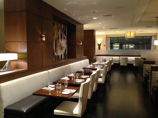 Peoria Marriott Pere Marquette: restaurant