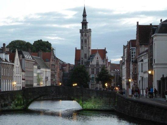 Oud Huis de Peellaert: most scenic Bruge at your fingertips