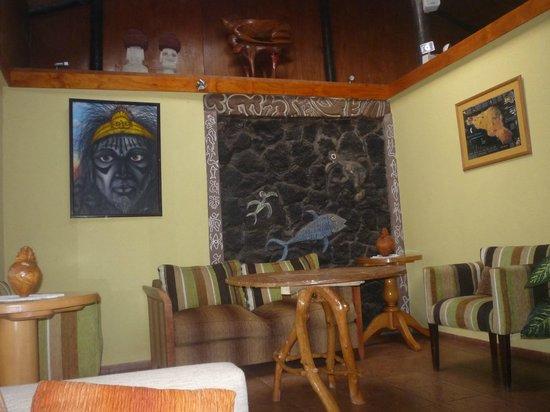 Hotel Manutara: lobby