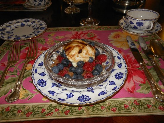 Joan Brown's Bed and Breakfast: Course 1: Berry Medley with Greek Yogurt and Cinnamon-Sugar