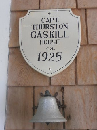 Thurston House Inn Bed & Breakfast: Quite a bit of history at this place!