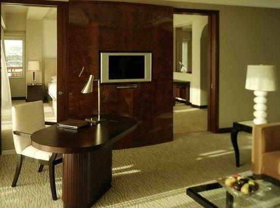 Park Hyatt Dubai: Park Executive Suite Lounge 28762