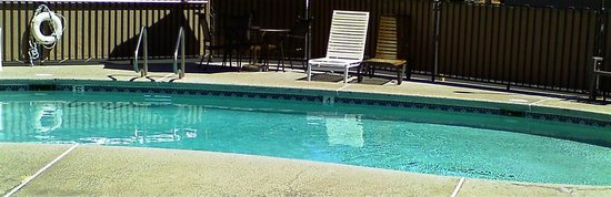 Aladdin Inn : The real pool!
