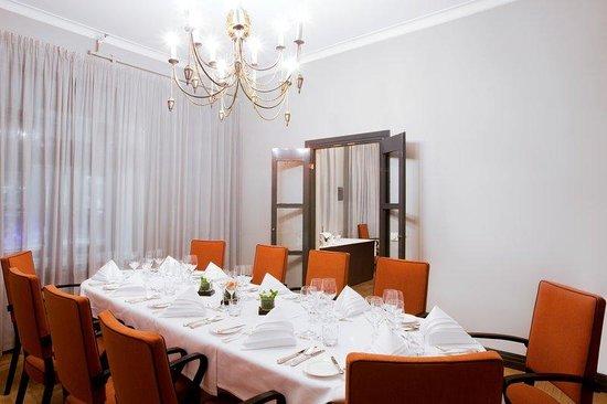 Solo Sokos Hotel Torni: Kaleva Cabinet