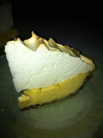 Atlantis House: Kayla's Homemade Key-Lime Pie