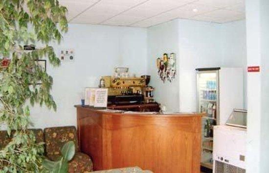 Relax Inn Hotel : Interior