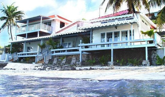 Bequia Beachfront Villas: Exterior View