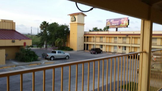 La Quinta Inn Corpus Christi North: Outside