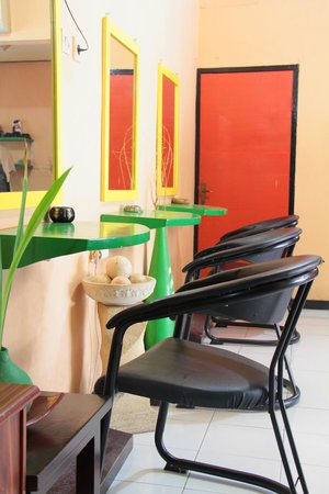Beleza Salon and Spa 2: SALON ROOM