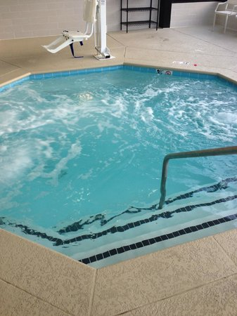 Four Points by Sheraton Nashville-Brentwood : The whirlpool