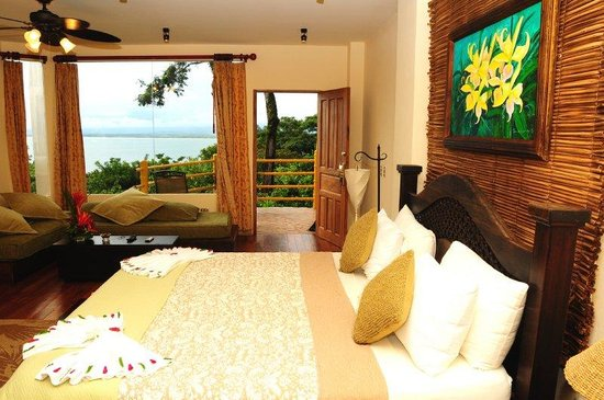 Issimo Suites Boutique Hotel and Spa: Other Hotel Services/Amenities