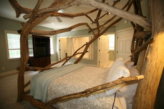 Goldberry Woods Bed & Breakfast Cottages: The Driftwood Room