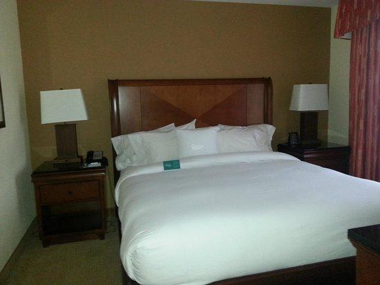 Homewood Suites Rockville - Gaithersburg: Bedroom