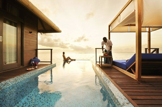 Coco Bodu Hithi : Escape Water Residence Private Pool