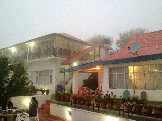 Krish Rauni: Resort in the evening mist..