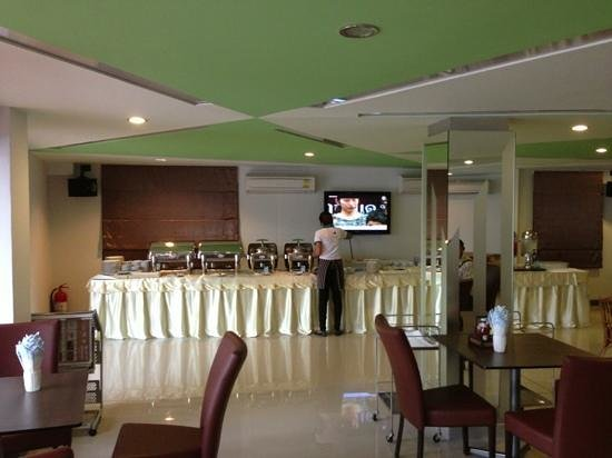 SF Biz Hotel: 朝食