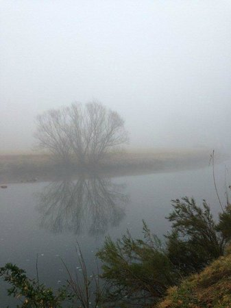 Umzimkulu River Lodge : Misty morning in Winter