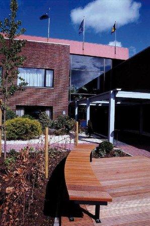 Hampton's Hotel : Exterior view