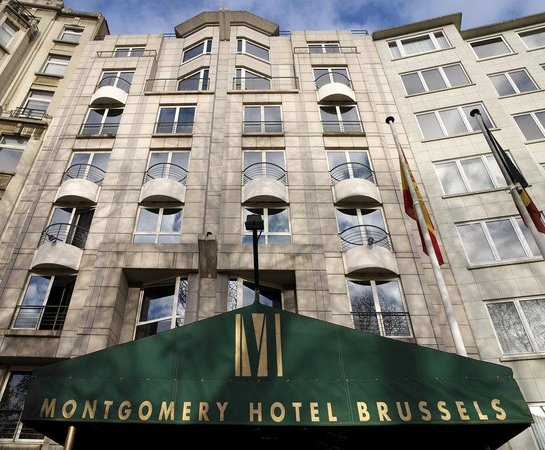 Eurostars Montgomery: Exterior