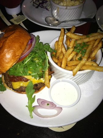 Pappy McGregor's: ABC Burger