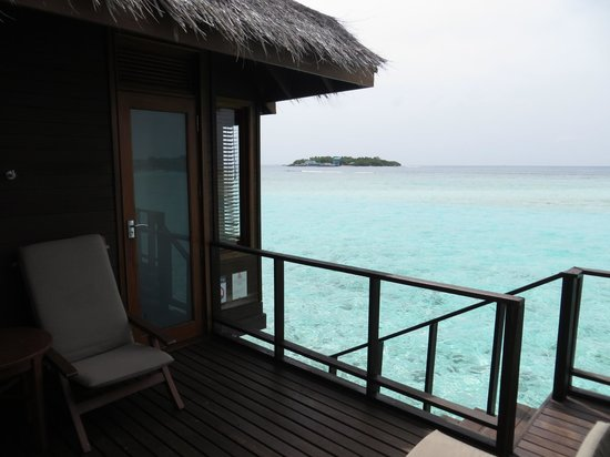 Sheraton Maldives Full Moon Resort & Spa: Water Bungalow