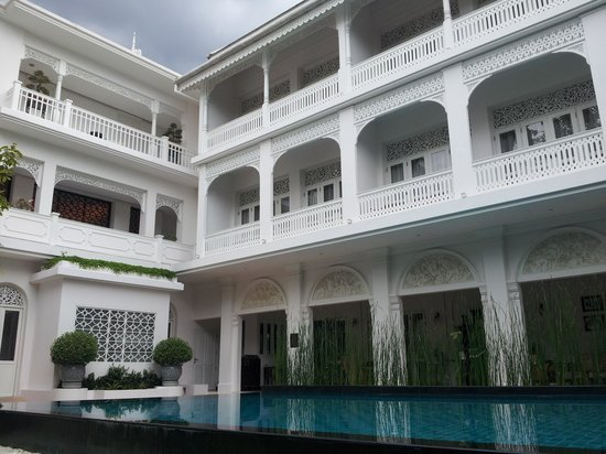 Ping Nakara Boutique Hotel & Spa: Taken from our deck chair - a beautiful place to relax