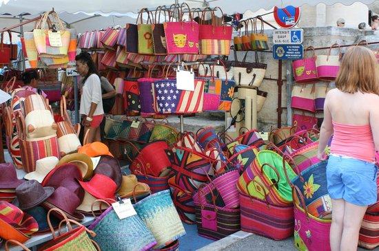 Marché du mercredi matin : marché de saint-rémy