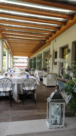 Regina Adelaide Hotel: Breakfast pation