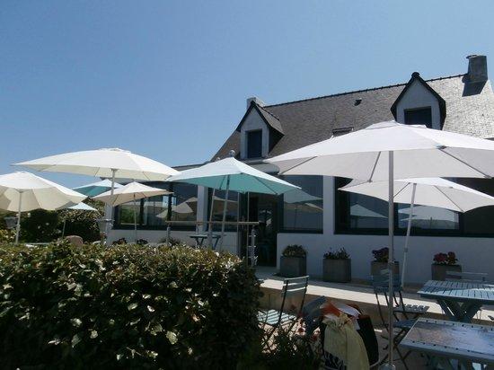 """Ile-d'Houat, France: """"Chez Loulou"""" côté terrasse"""
