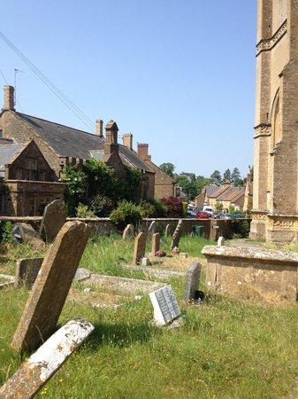 King's Arms Inn Montacute: An archetypal english village