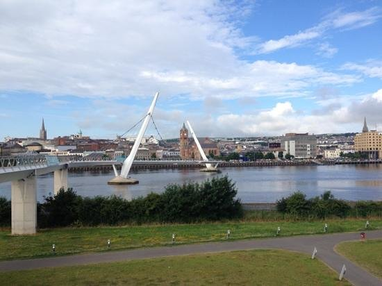 County Londonderry, UK: Friendship Bridge, Derry City, Northern Ireland