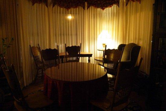 Hayes Valley Inn: salle commune