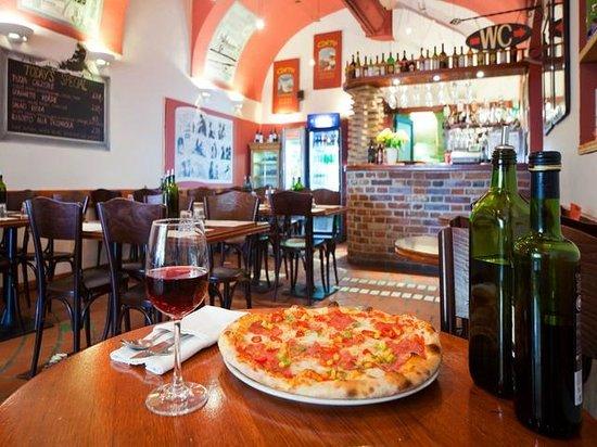 Restaurants g Prague Bohemia.